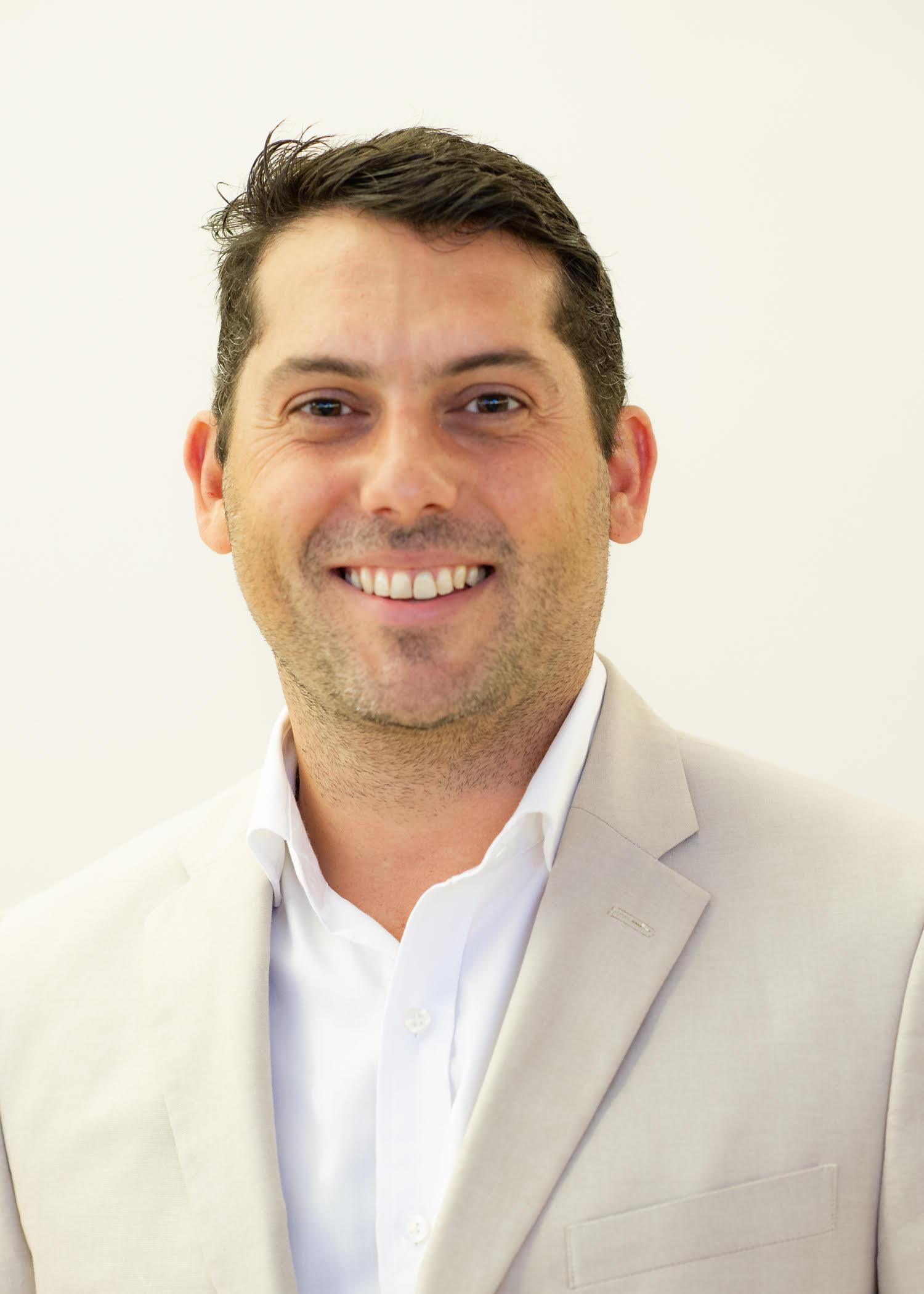 Dr. Eduardo Gonzalez Oftalmologo